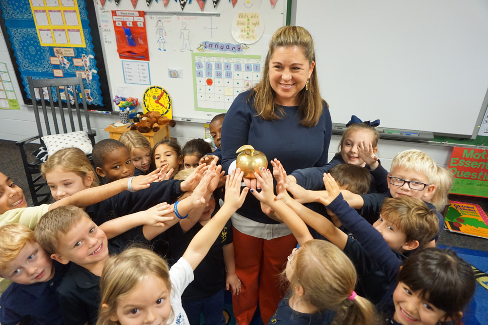 2017 Golden Apple Teacher Annie Shepherd and students at Dr. NH Jones Elementary